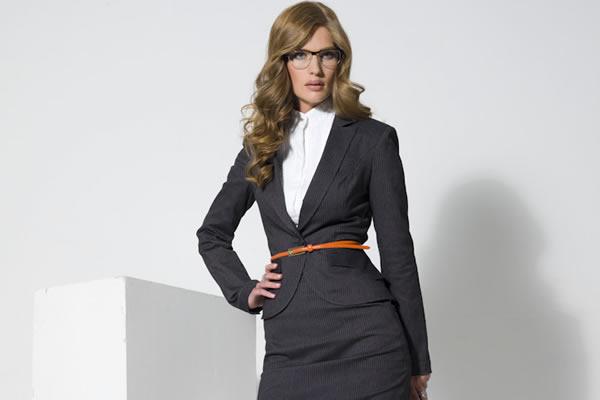 Деловой стиль одежды для женщин в Москве
