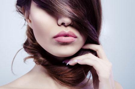 Полные чувственные губы - предмет мечтаний многих мужчин
