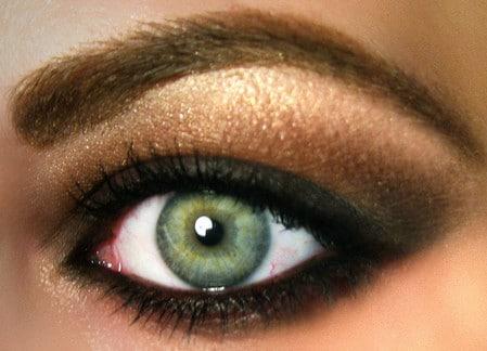 Золотистый макияж для зеленых глаз