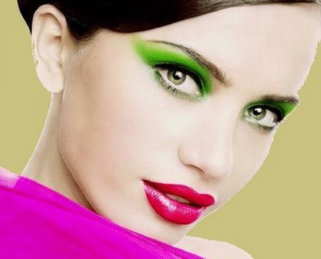 Зеленоглазым невестам позволительно делать губы яркими