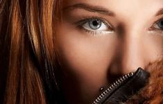 Окраска волос хной: как правильно красить и сколько держать хну на волосах