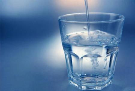 уменьшить объем воды