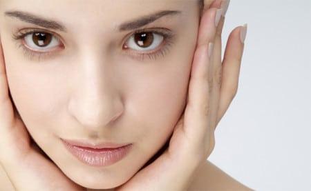 Луковая маски для волос и лица с укрепляющим и омолаживающим действием