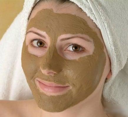 маска из глины и меда