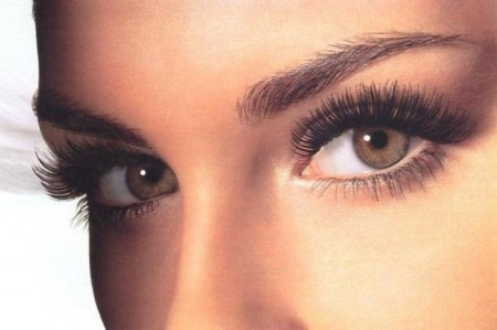 кожа возле глаз
