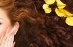Восстанавливающая маска для волос, или Как лечить поврежденные локоны
