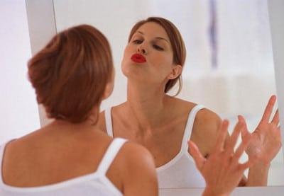 Выполняйте несложные упражнения для губ ежедневно