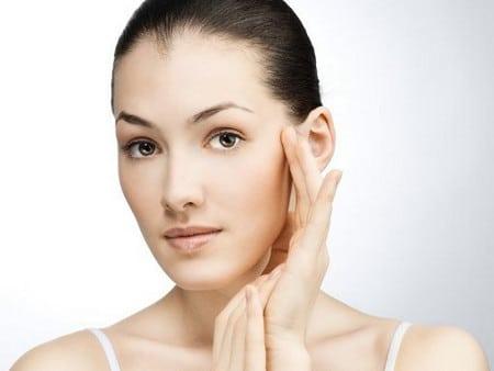 Чистое лицо без шрамов и рубцов