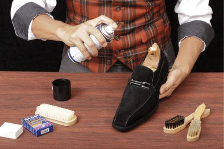 Регулярный уход за обувью – гарантия ее долгой службы