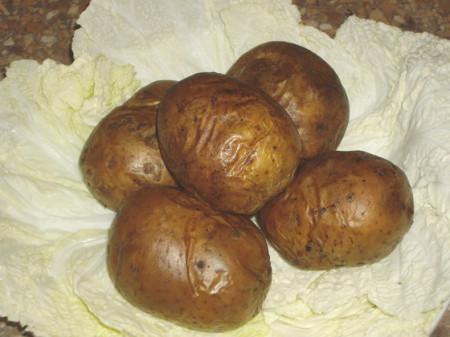 пять запеченных картофелин